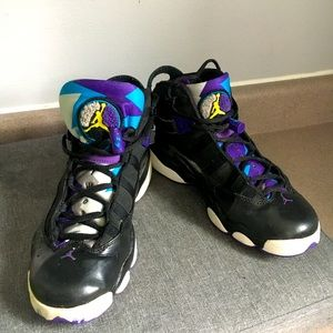Air Jordan TWO3 Purple and Black Size 6Y